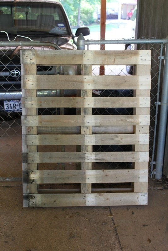 Do It Yourself Home Design: Diy Pallet Furniture · How To Make A Bench · Home + DIY On