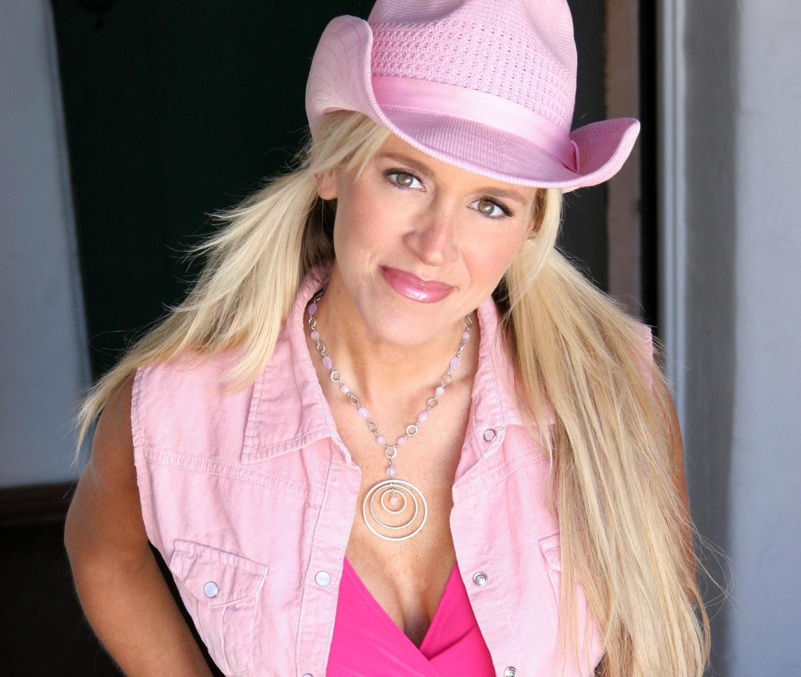 Paige Hemmis