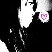 xMia Mallow
